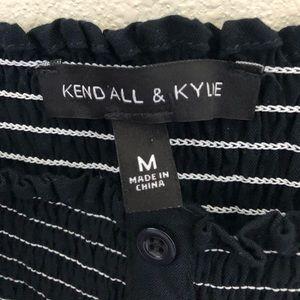 Kendall & Kylie Tops - NEW Kendall & Kylie Crop Top Medium